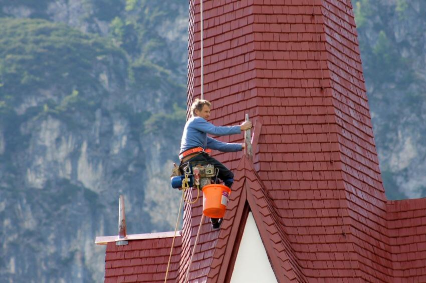 2017-Walter Perfler – ein Spezialist gerüstloser Turmsanierungen