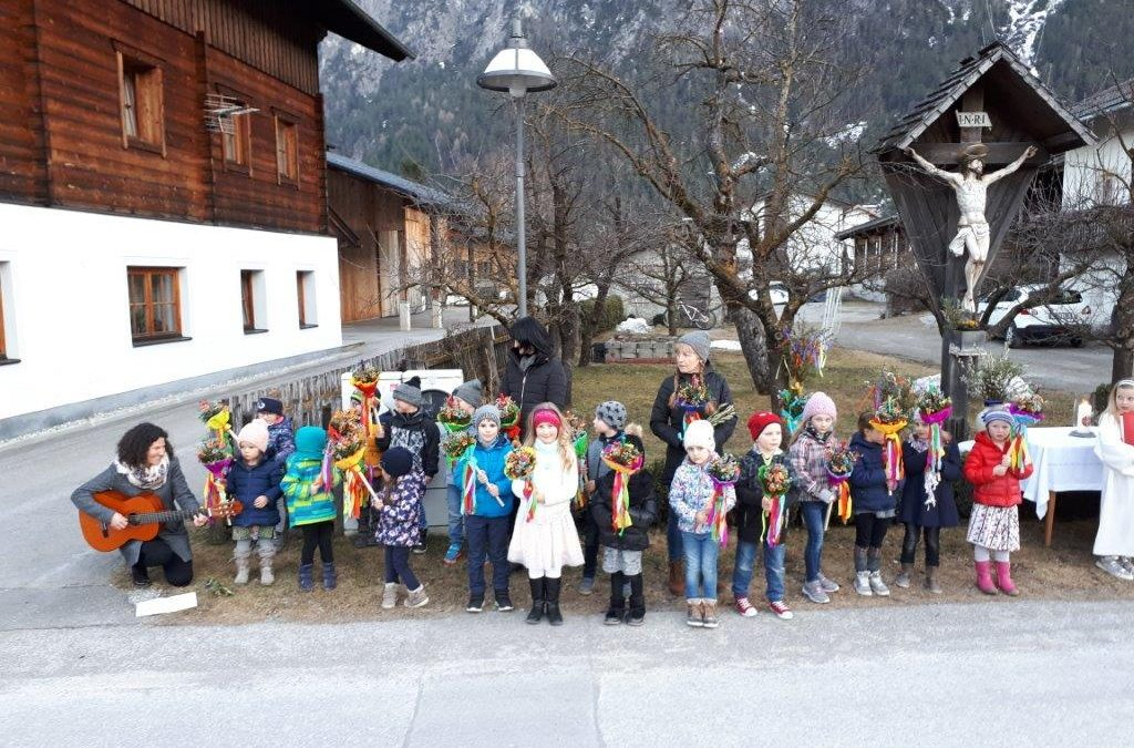 Palmsonntag mit dem Kindergarten Amlach – Video