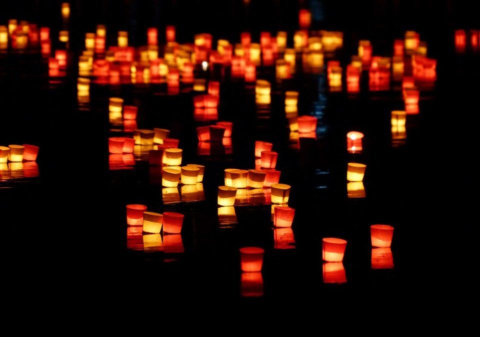 """Die Nacht der 1000 Lichter """"Gott begegnen"""""""
